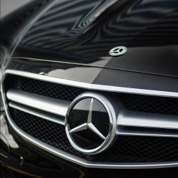 Mercedes Benz - W205 C Serisi Cam Yıldız Logo Amblem